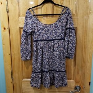 navy Floral flowy dress size S